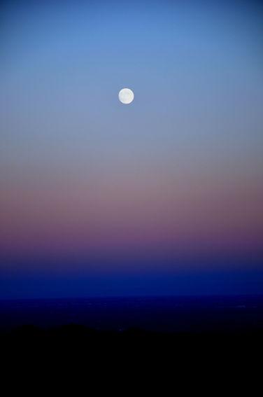 Paolo Bongianino, la luna in cielo, stampa fine art su carta cotone, 2014