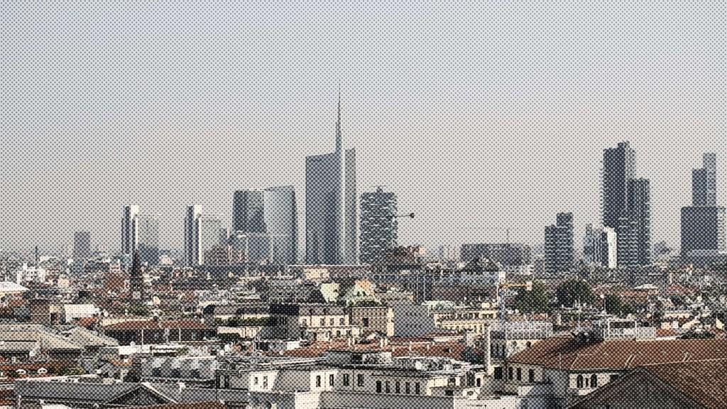 """Ho visto Milano dall'alto</br><span class=""""sT"""">Quartiere Porta Nuova, Milano</span>"""